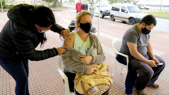 Misiones aplicó más de 600 mil dosis y espera vacunar a los adolescentes