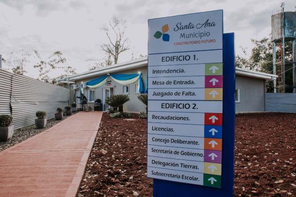Santa Ana contará con nuevo edificio municipal y para el hospital local