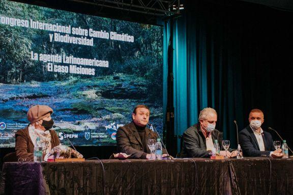 Con agradecimiento del Papa, se realizó el congreso internacional sobre cambio climático y biodiversidad