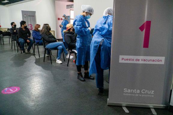 Otras 471 personas murieron y 15.883 fueron reportadas con coronavirus en las últimas 24 horas