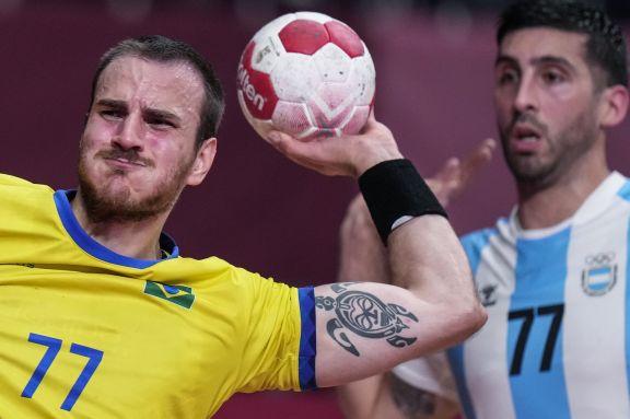 JJOO: Argentina quedó eliminado en handball al ser superado por Brasil en el primer clásico olímpico