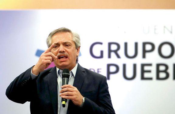Alberto Fernández llamó a poner el progresismo de pie en la región
