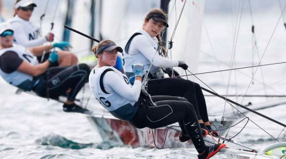 JJ.OO: Travascio y Branz clasifican a la medal race en el sexto lugar de la clase 49er FX
