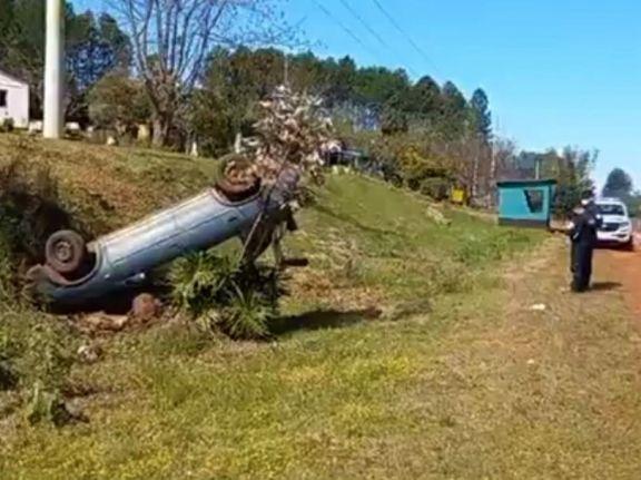 Siniestro vial cerca de Los Helechos dejó un automovilista hospitalizado