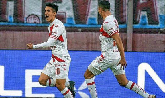 Unión rescató un empate ante Lanús con un golazo del misionero Ezequiel Cañete