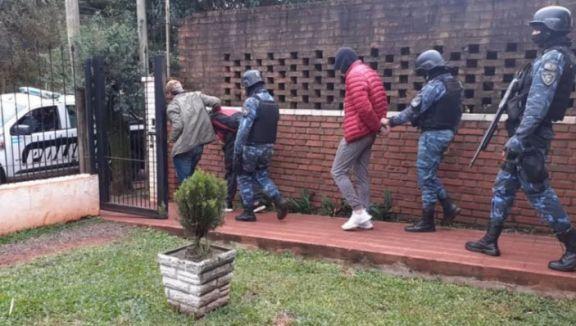 Entrenamiento y clases a los guardias, la nueva vida de La Roca en la cárcel
