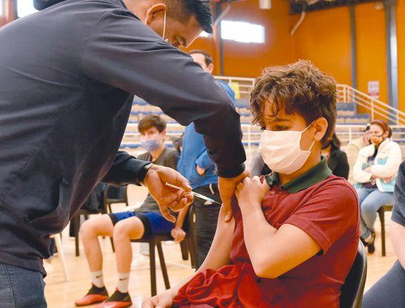 Casi 3.000 chicos se vacunaron en Misiones en la primera jornada