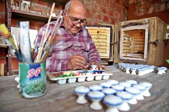 Tiradores de cerámica artesanales y  bien misioneros