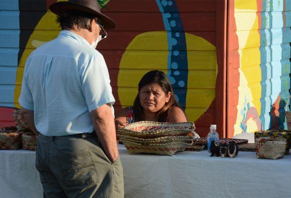 Feria Tembiapó: artesanías mbya este fin de semana en el cuarto tramo de la Costanera