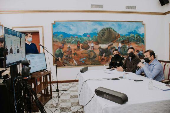 El Gobierno expuso la situación de Misiones frente a los incendios forestales y la bajante del Paraná
