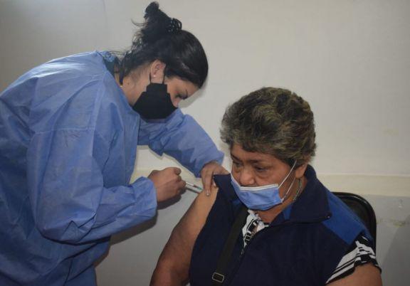 Jardín América: suspenden la vacunación en el Salón Parroquial por fumigación