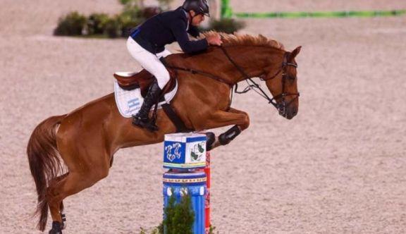 JJ.OO: Argentina fue séptima en las finales de saltos por equipos en equitación