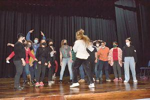 Teatro: el arte que nos  motiva a superarnos