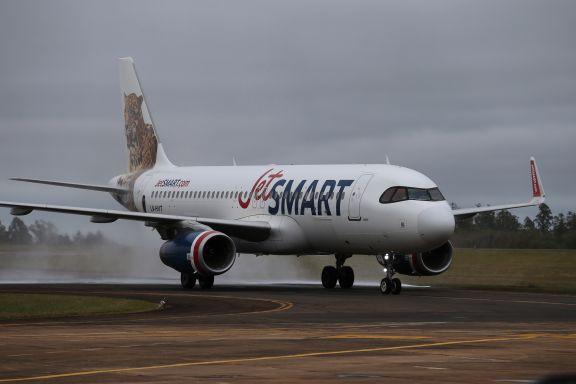 Misiones va en busca de más frecuencias aéreas, una conexión con Chile y tasa de embarque diferenciada