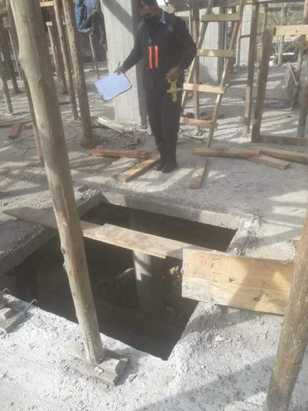 Un obrero perdió la vida tras caer desde un primer piso en una obra en construcción