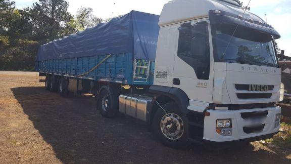 Interceptan en Aristóbulo del Valle un camión con carga ilegal de botellas de vino
