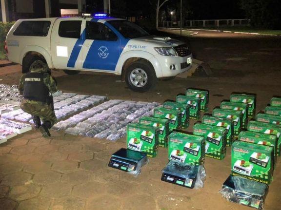 Prefectura incautó balanzas electrónicas y anteojos en la zona costera de Iguazú