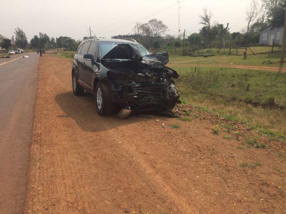 Contrabandistas abandonaron una camioneta repleta de cigarrillos tras chocar y matar a un motociclista