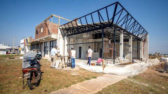 Más comercios y depósitos se instalan en nuevos barrios de la capital provincial