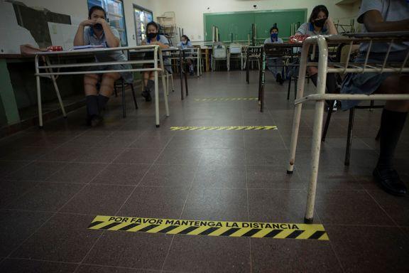 Evalúan si aumentan la presencialidad en las escuelas de la provincia