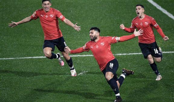 Independiente recibe a Colón con la misión de recuperar la punta