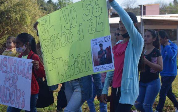 Marcharon pidiendo justicia por un joven jardinense