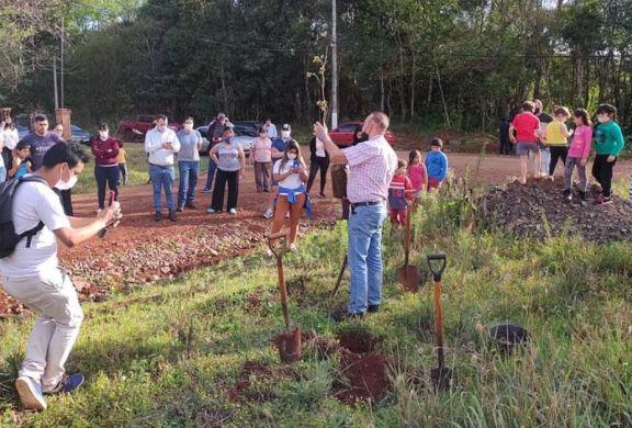 Eldorado: recuperan espacio verde de Bº Jossi que está propuesto como reserva Natural Urbana