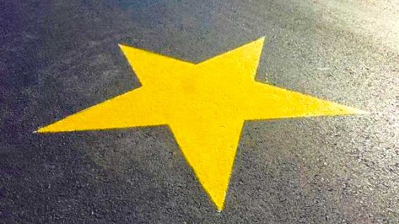 Una estrella amarilla para Amalia