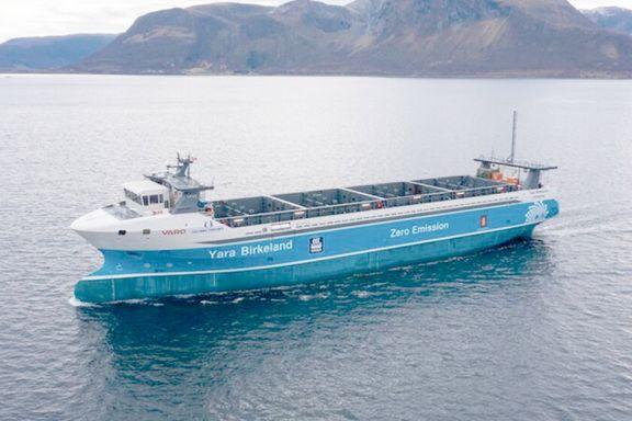 Ultiman lanzamiento del primer buque carguero 100% eléctrico