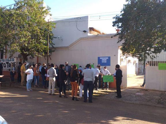 Santo Tomé: empleados judiciales reclamaron al STJ un pronto acuerdo salarial
