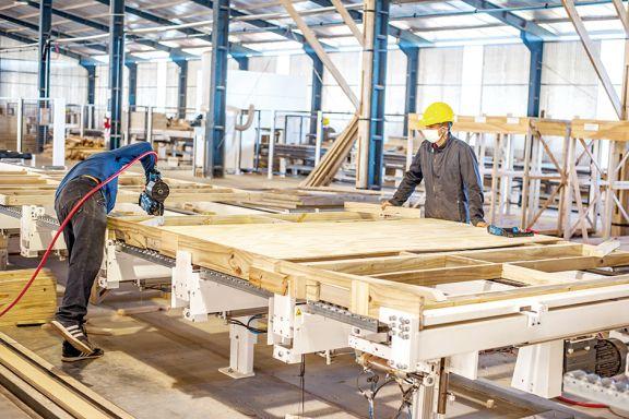 La fábrica de casas de madera, bajo amenaza de cierre por baja demanda