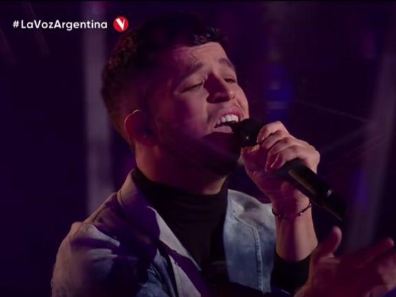 El misionero Nicolás Olmedo se convirtió en el primer finalista de La Voz Argentina