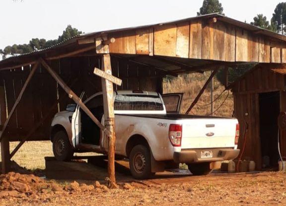 A punta de pistola robaron la camioneta de la cooperativa de Polvorín