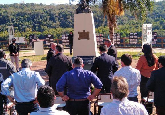 Iguazú cumplió 120 años y lo celebró recordando a los que hicieron historia