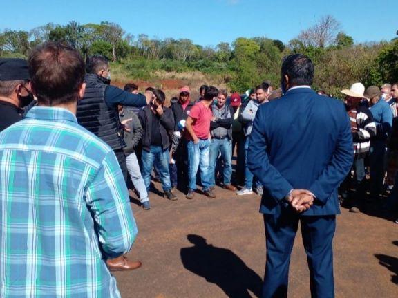 Vialidad Provincial ejecutará la obra de acceso a Tobuna y los vecinos dieron por concluida su lucha
