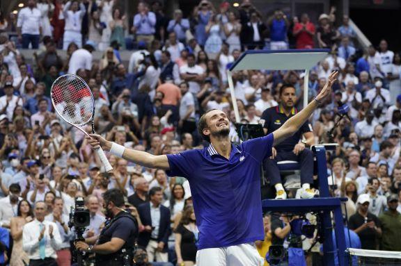 Medvedev se quedó con el US Open y le quitó las ilusiones de hacer más historia a Djokovic