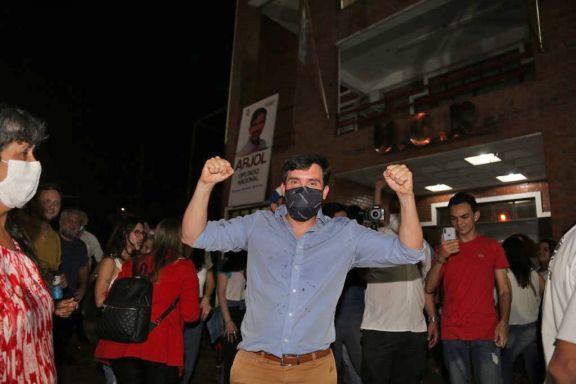 Arjol festejó en la Casa Radical y llamó a la unión de Juntos por el Cambio