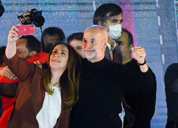 Horacio Rodríguez Larreta, el gran ganador de la interna, junto a María Eugenia Vidal. Foto: Télam