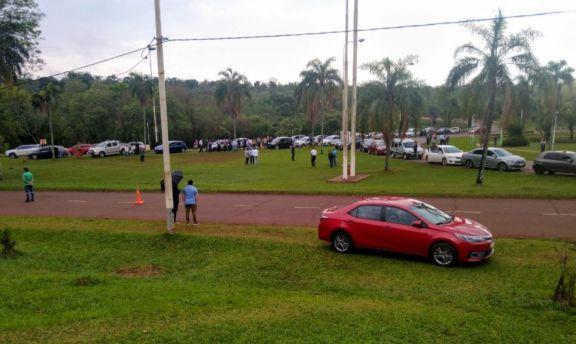 Iguazú: movilización por apertura del puente
