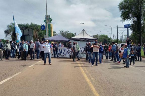 Más de 200 personas se sumaron a la movilización por el pedido de apertura del puente en Iguazú