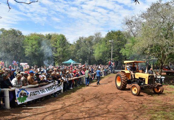 Colonia Aurora realizó Fiesta del Tractor