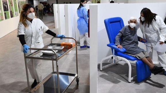 España aprobó la tercera dosis de vacunas para personas mayores y vulnerables