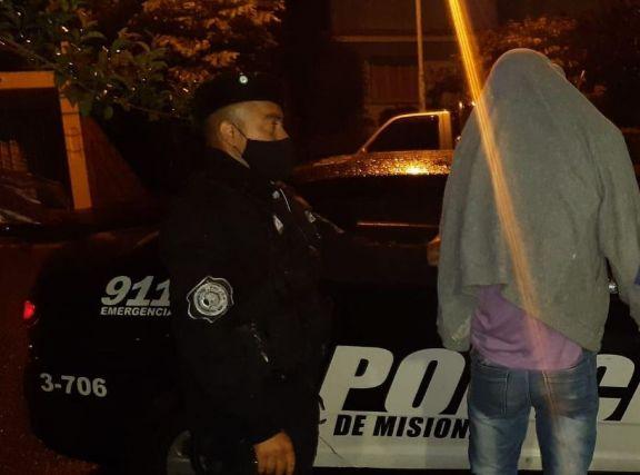 Apóstoles: asaltaron a un remisero a punta de arma de fuego y fueron detenidos