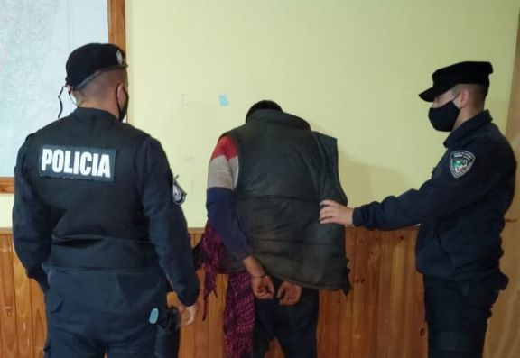 Asaltó una estación de servicios en el acceso a Dos de Mayo y terminó detenido