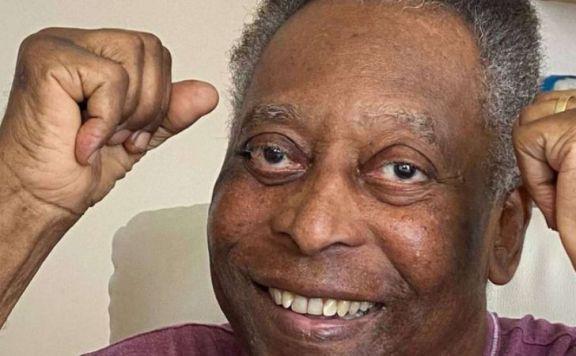 Pelé volvió a terapia intensiva dos semanas después de haber sido operado por un tumor