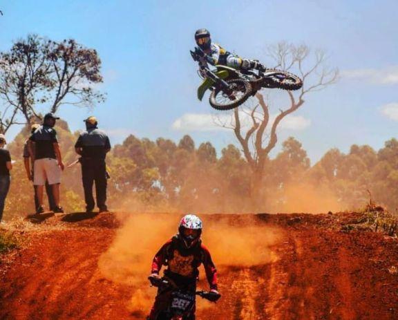 La Unión de Pilotos comienza su campeonato de Motocross en San Vicente