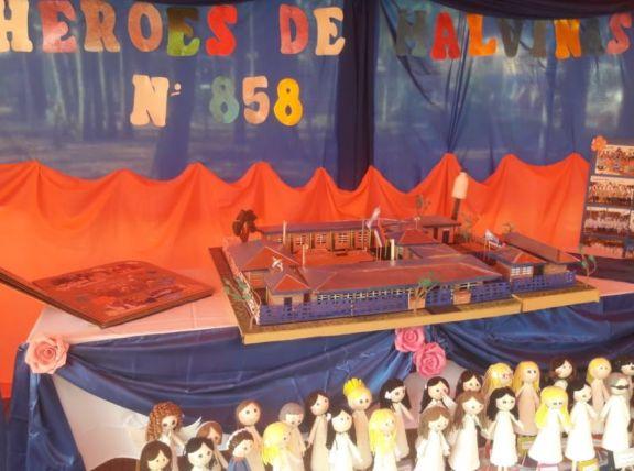 """En el mes aniversario de Eldorado se realiza la muestra """"La historia de mi escuela en maqueta"""""""