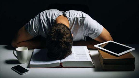 Los videojuegos y Las redes sociales potencian la  depresión en adolescentes