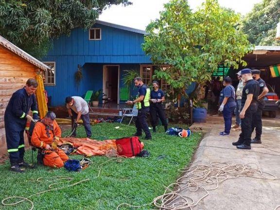 Se descompensó mientras limpiaba un pozo y debió ser rescatado por los bomberos