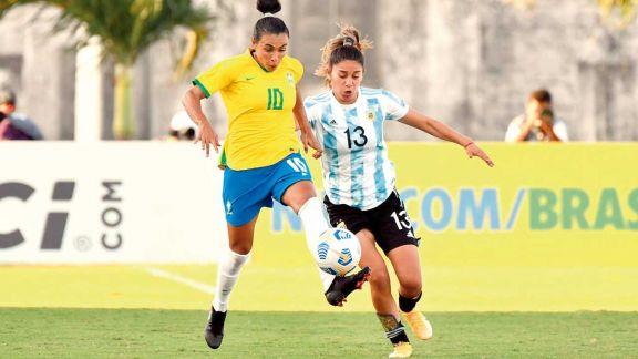 El seleccionado femenino no pudo otra vez con la contundencia brasileña